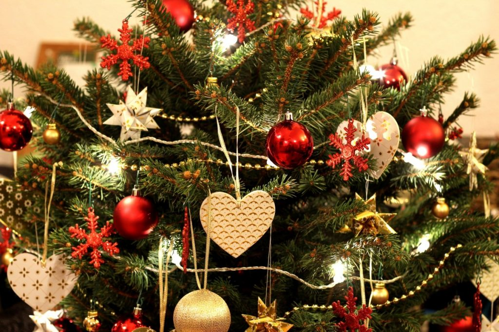 Decoration Noel. Top De Nol Avenue Montaigne Paris With Decoration